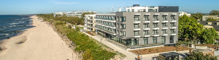 Die Hotelanlage Baltivia befindet sich direkt am Strand.