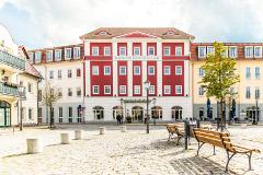 Vorderansicht des Hotels Fürst-Pückler-Park