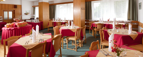 Speiseraum im Hotel Hubert