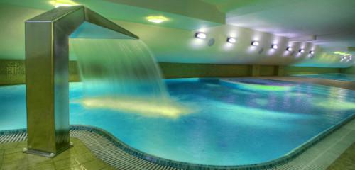 Schwimmbecken im Haus Maximus Spa