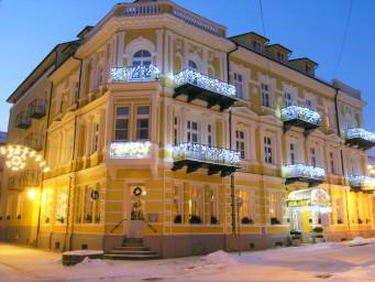 abendliches Kurhaus Palace I